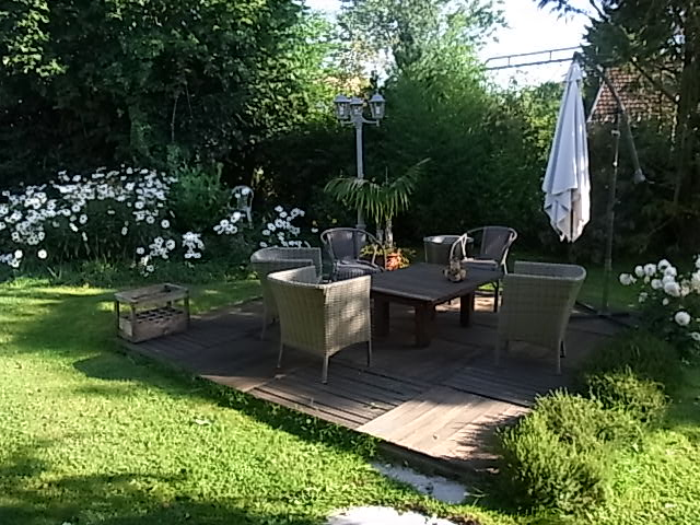 terrasse en pin kebony sur plots pvc et lambourdes massaranduba. Black Bedroom Furniture Sets. Home Design Ideas