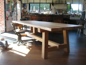 table poirier chêne